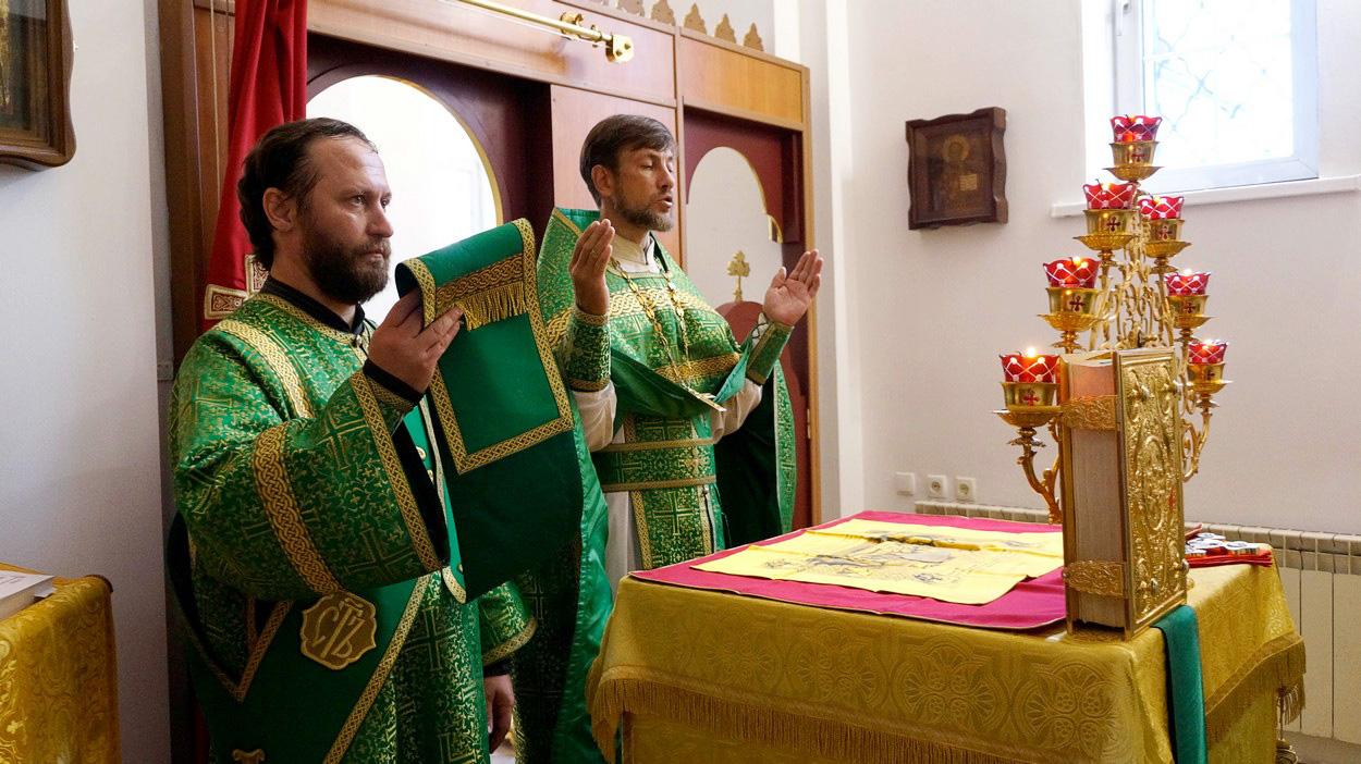 Празднование обретения мощей преподобного Серафима Саровского